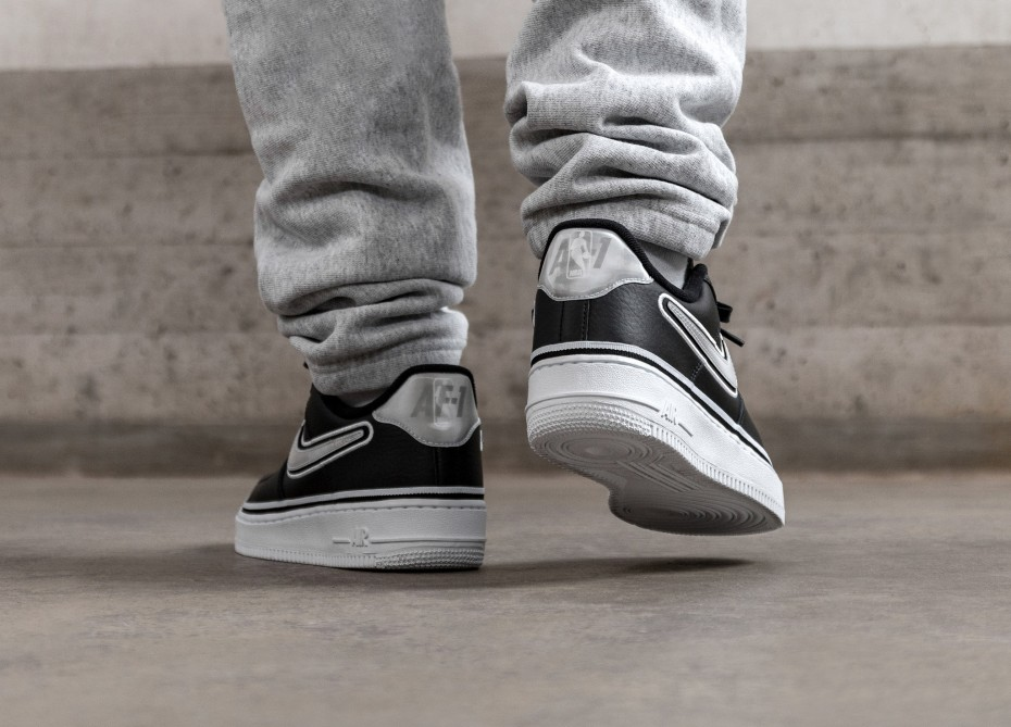 instante tanque Vacunar  Nike Air Force 1 '07 LV8 Sport NBA.- AJ7748-001-3 – Time Out