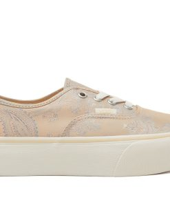 Vans – Time Out 3e77316f88a